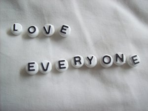 Love_Everyone_by_Oakmi